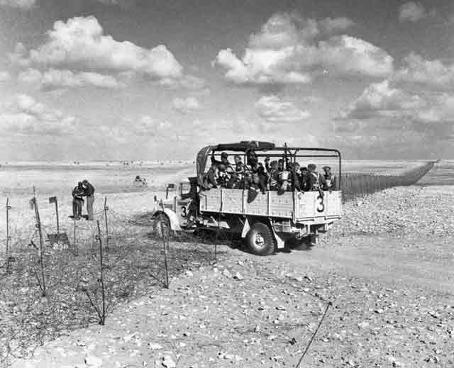 New Zealand troops in Libya, 5 November 1941, worldwartwo.filminspector.com