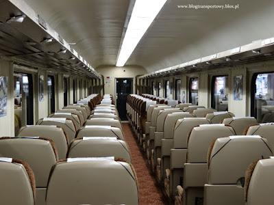 Bezprzedziałowy wagon drugiej klasy