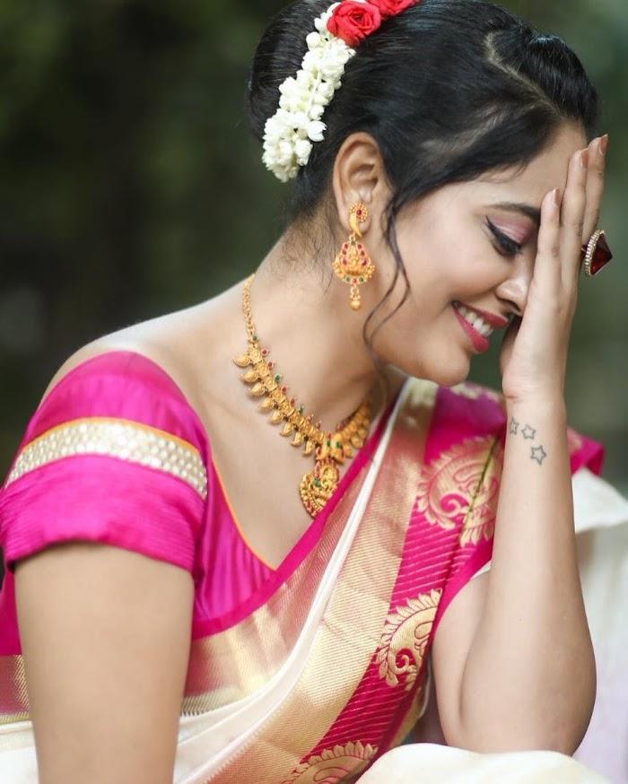 Nandita Swetha Beautiful Saree Photos| Hot Pictures in Silk Saree