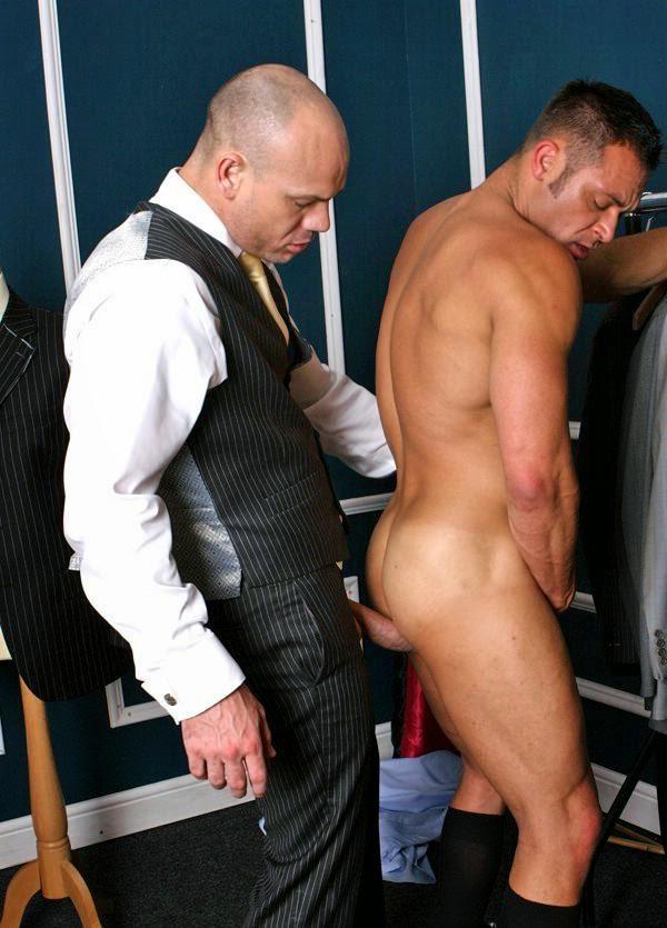 porno gay traje a medida