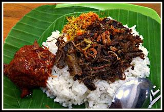 Nasi Krawu Makanan Tradisional Dari Gresik, Jawa Timur