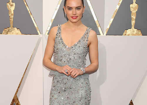 Star Wars Actress Daisy Ridley Will Not Stand for Skinny Shaming