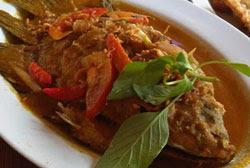 ikan gurame cuka masakan padang