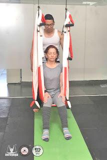 formacion-profesores-aero-yoga-pilates-fitness-ejercicio-wellness-bienestar-cursos-clases-escuelas-columpio-hamaca-trapeze-swing-acro-bienestar-belleza-coach-coaching-franquicia-marcas-negocios-bussiness-acrobatico-danza-aerea
