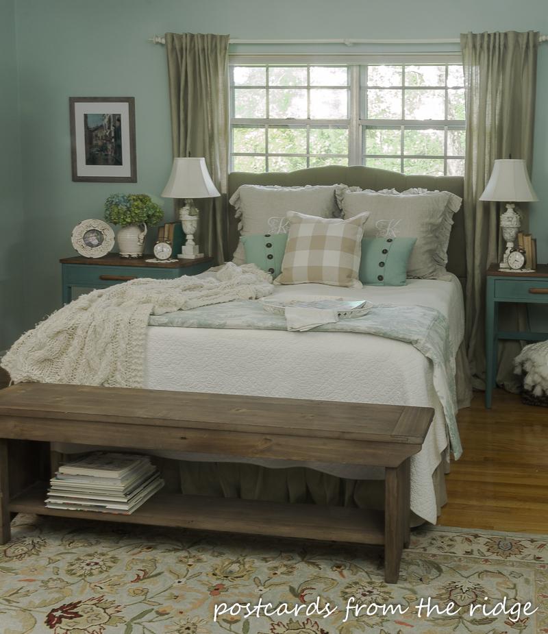 9 Simple Ways to Add Farmhouse Charm to Any Bedroom ... on Bedroom Farmhouse Decor  id=15522