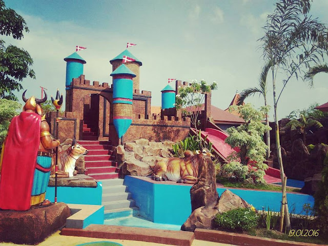 foto pemandangan di dynasty water world gresik