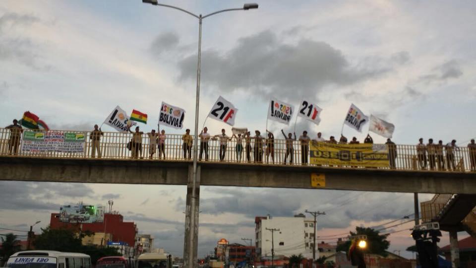Colectivos ciudadanos en Santa Cruz tomaron Pampa de la Isla como centro de concentración / RRSS