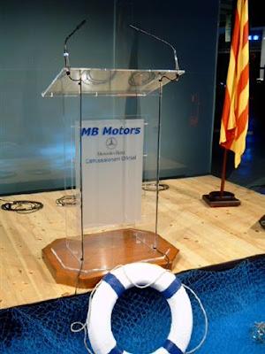 http://www.eventopcarpas.com/alquiler-atriles-conferencias-eventos-p-9-es