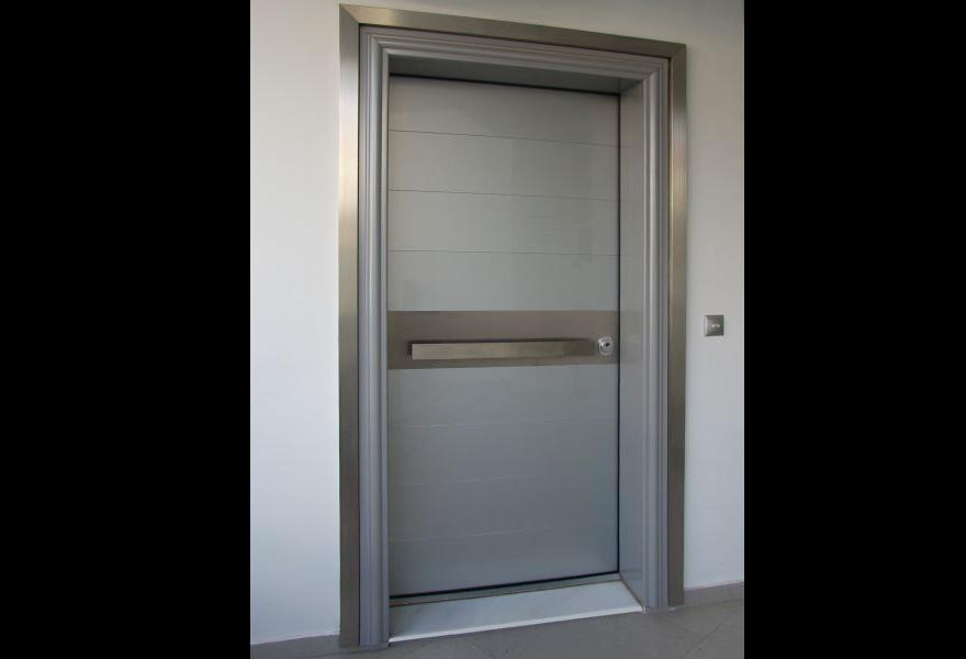 7224eedd5ff8 Θωρακισμένη πόρτα με τοποθέτηση από 500 ευρώ – βρείτε την στα ...
