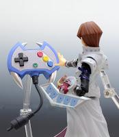 """Imágenes promocionales del Figma de Seto Kaiba de """"Yu-Gi-Oh! Duel Monsters"""" - Max Factory"""