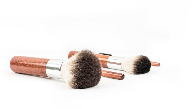 Devenir végan - cosmétiques - pinceaux