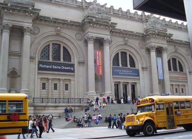 Lesa' Book Critiques York City - Day 2 Friday