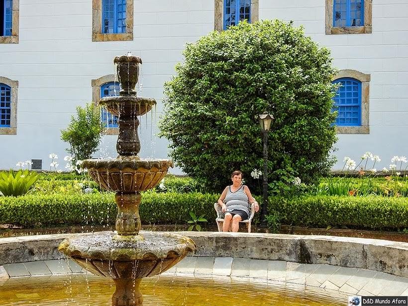 Jardins em frente à Pousada do Caraça no Santuário do Caraça