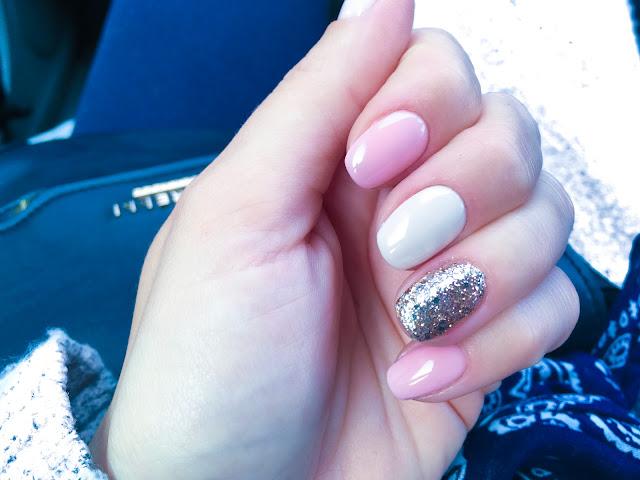 idealny hybrydowy manicure na ślub