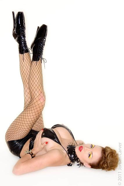 Jordan-Carver-Bionic-sexiest-Photoshoot-image-12