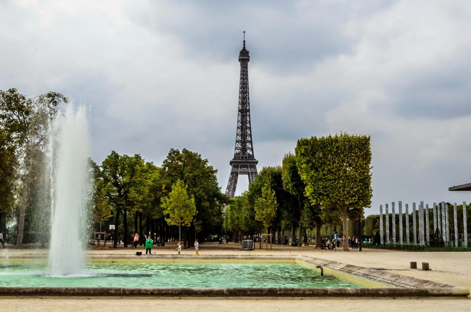 Fotografia do chafariz da Torre Eiffel