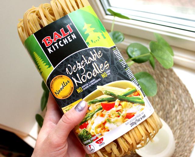 Oppskrift Vegan Pad Thai Tofu Rotgrønnsaker Kjøttfri Nudelrett