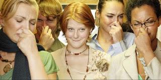 Penyebab dan Cara Mengatasi Kentut Berbau Busuk
