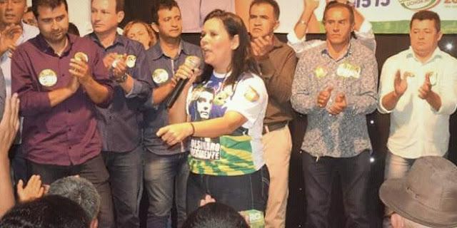expulsa do partido a Prefeita Joelma Duarte de Campos