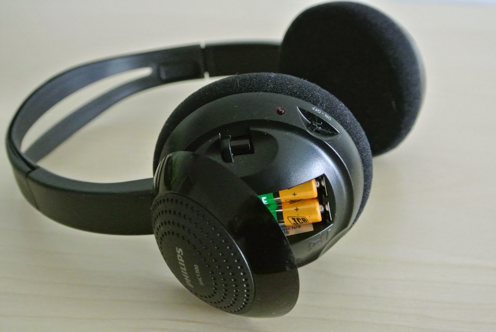 Consumer Review: Philips SHC1300 Wireless Headphones review