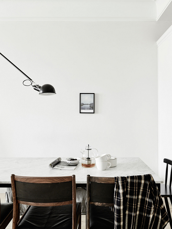 Minimalistic understated dining room | Jonas Berg