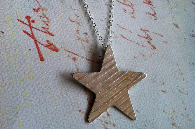 Silver Striped Star Necklace
