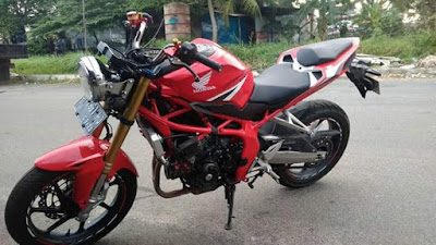 CBR250RR Modifikasi Naked Bike