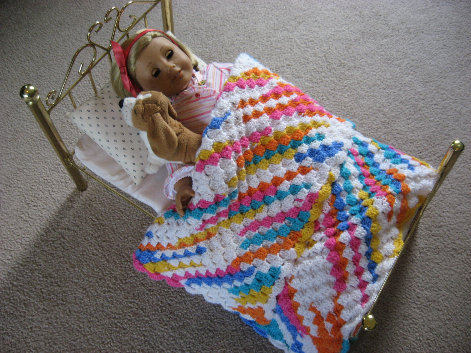 how to crochet a baby doll blanket