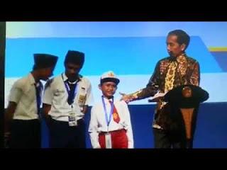 anak sd sebut ikan kontol didepan presiden jokowi