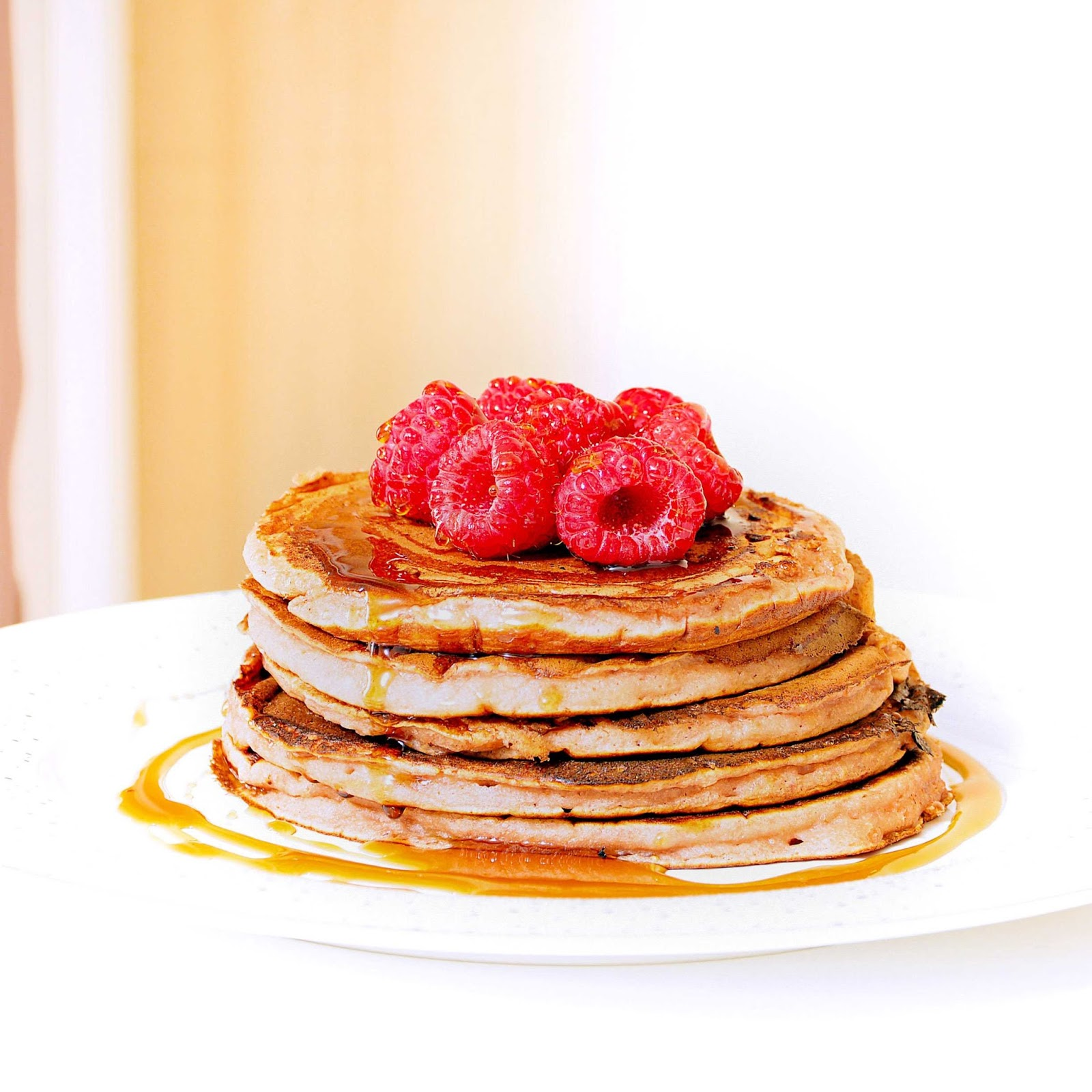 Pancakes in milk - simple but delicious delicacy