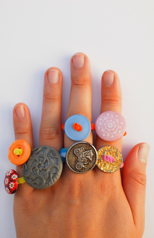 how to make easy kids button ring - fun craft!