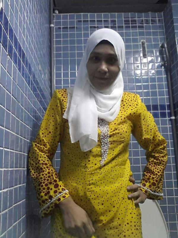 tante jilbab alim