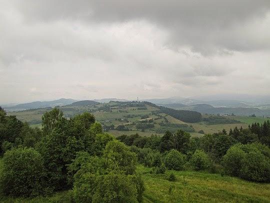 Góra Św. Anny (645 m n.p.m.) widziana z Góry Wszystkich Świętych.