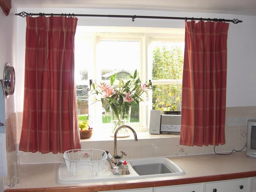 projet rideau cuisine bricolage rideau cuisine. Black Bedroom Furniture Sets. Home Design Ideas