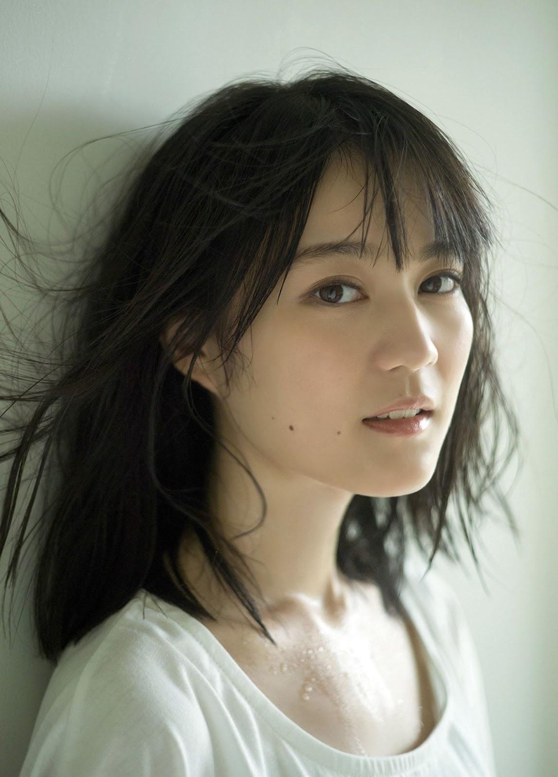 Ikuta Erika 生田絵梨花, BRODY 2017.09 (ブロディ 2017年9月号) No.02