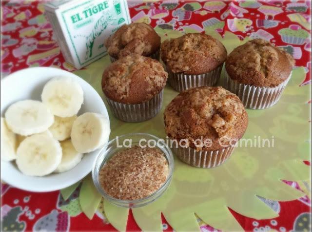 Muffins de plátano con costra de azúcar moreno (La cocina de Camilni)