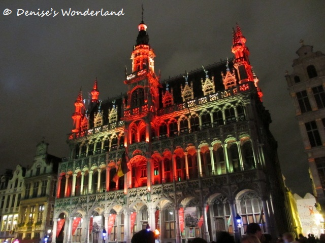 Amazing light show at Grand place