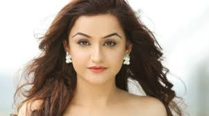 Muskaan Mihani Family Husband Son Daughter Father Mother Age Height Biography Profile Wedding Photos