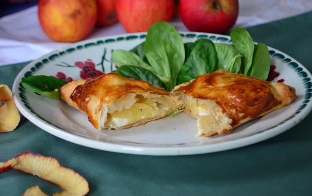 Feuilletés au chaource et aux pommes