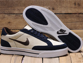 Nike Sweet Classic Shoes