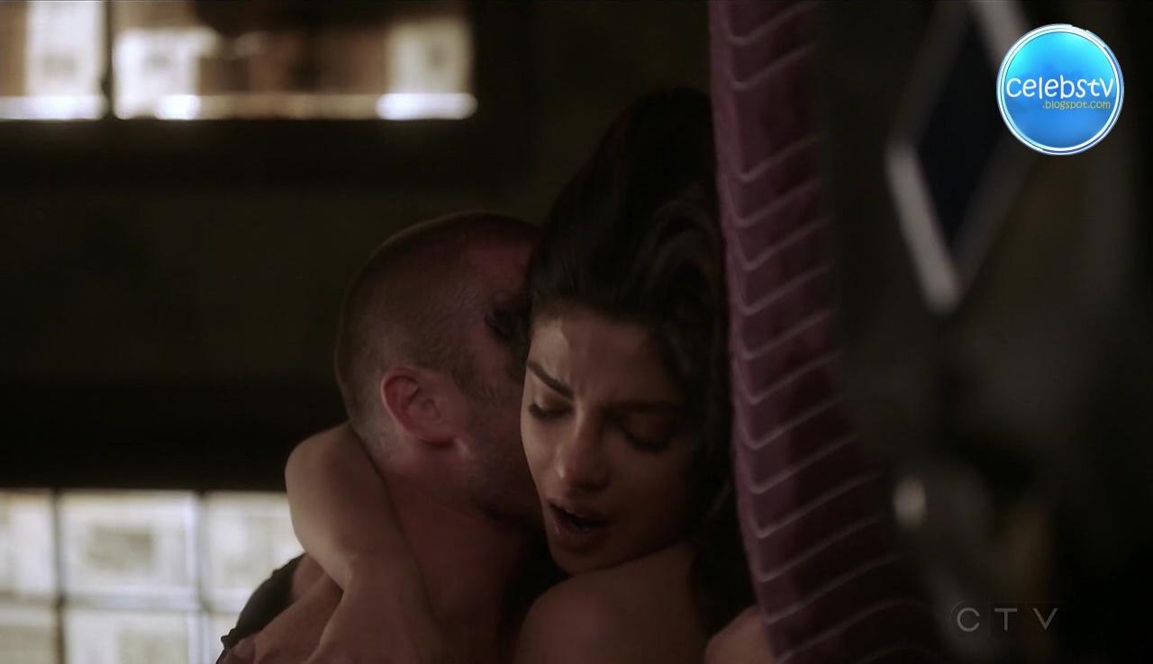 Priyanka Chopra Hot Lipkiss Smooch And Bed Scene In -9247