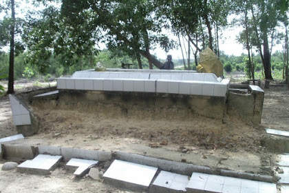 Makam Ayahanda Puteri Tujuh - Wisata Dumai