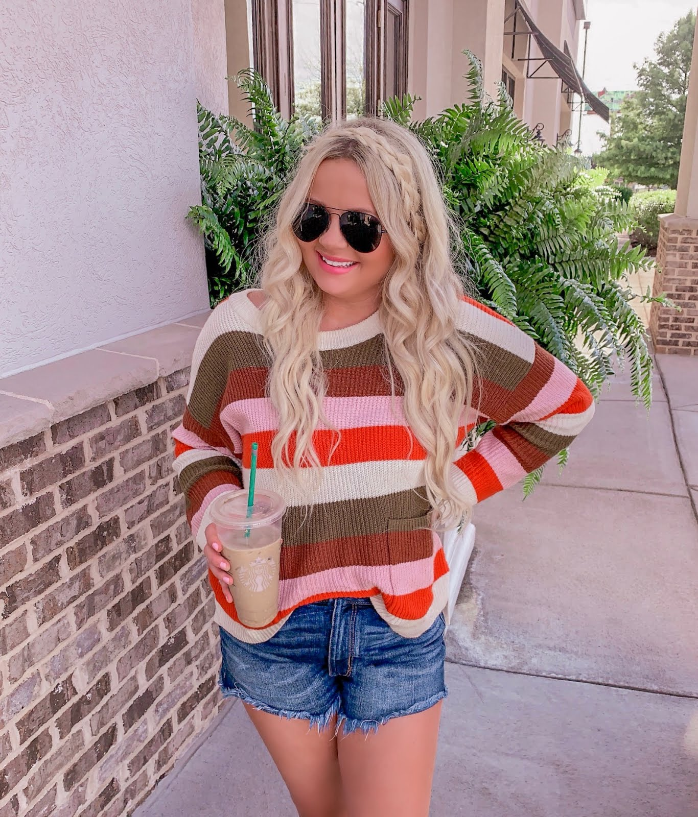 outfits to wear now and into fall fashion