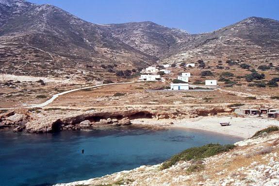 Cala di Kalotaritissa a Donoussa