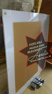 jual Frame poster untuk dinding lift dan kaca