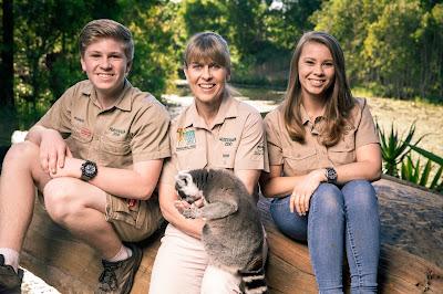 """Robert, Terri e Bindi - """"A Família Irwin"""" - Divulgação"""