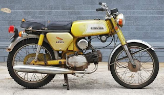 Honda S110 Benly Gold Yellow Model's