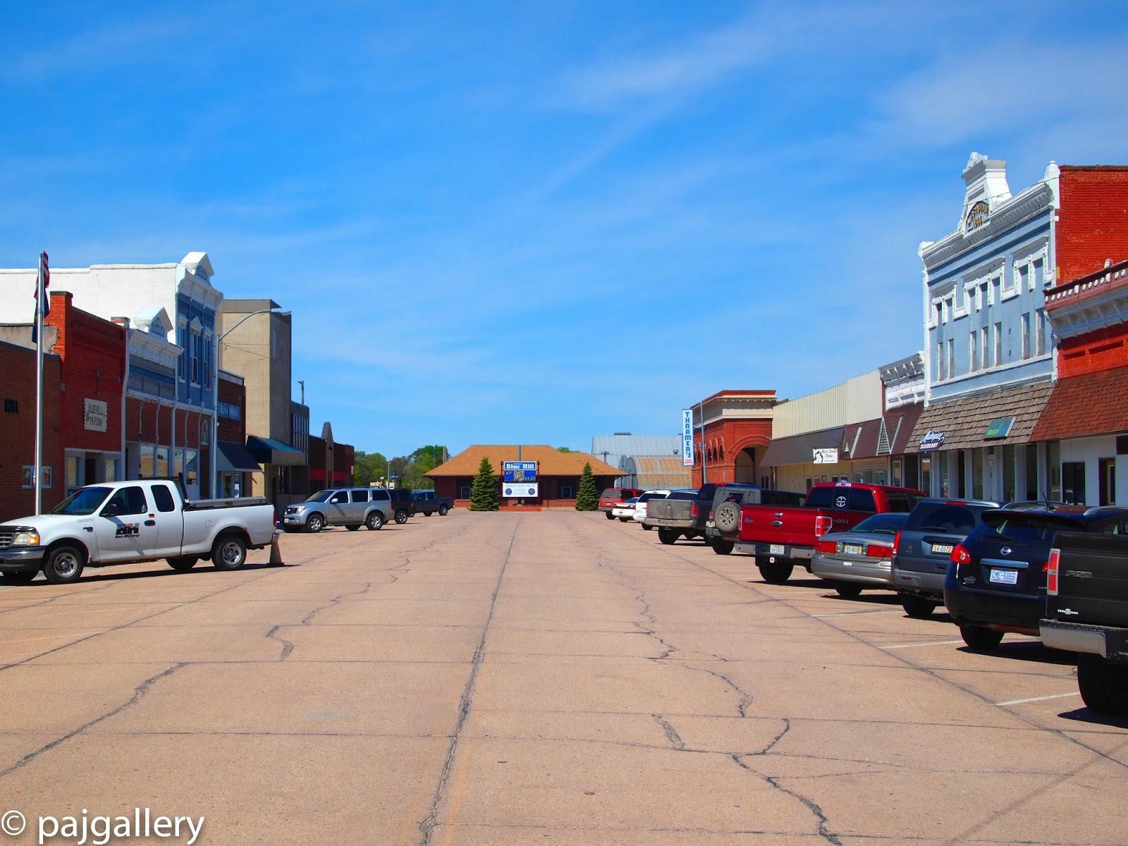 Swingers in blue hill nebraska Swingers in Paxton, Nebraska