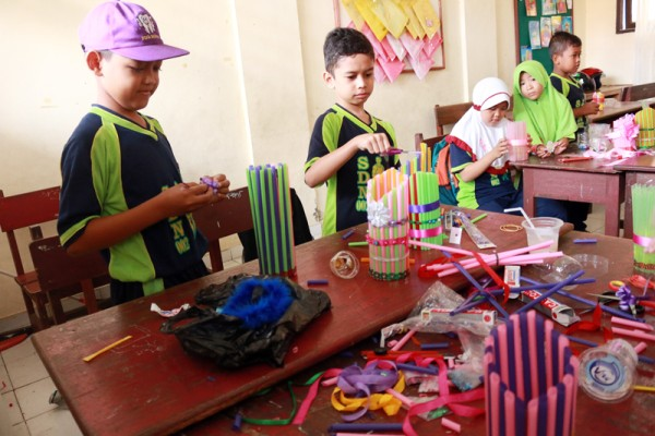 Kerajinan Tangan untuk Anak SD
