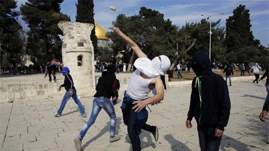 FireBomb palestinian Mount of Temple